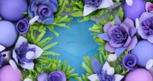 recycled-egg-carton-craft-ideas-reuse-flowers-purple-wreath