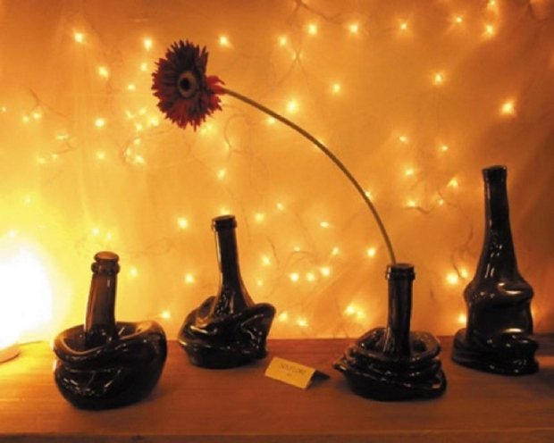 reuse-glass-bottles-flower-table-ideas-upcycling-creative-melted-vase
