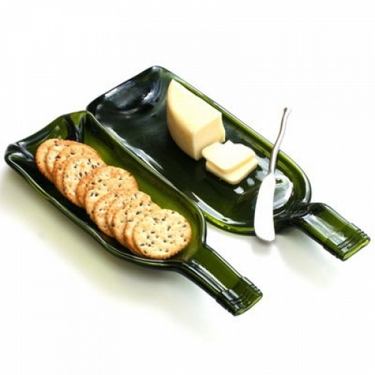 upcycle melted wine bottle creative idea cheese butter plateau breakfast