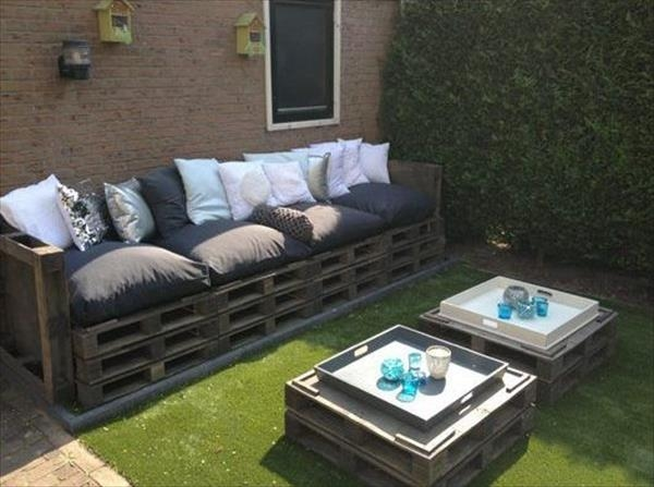 outdoor furniture ideas diy pallet garden table wooden sofa decorative pillows - Garden Furniture Crates