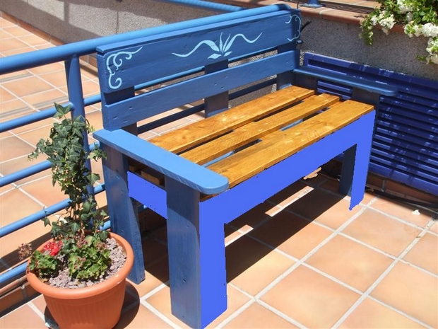 outdoor pallet furniture ideas creative blue painted bench