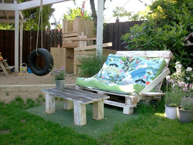 Outdoor Pallet Furniture Ideas Creative Diy Backyard Patio Shebi Chic  Lounge Colorful Cushion
