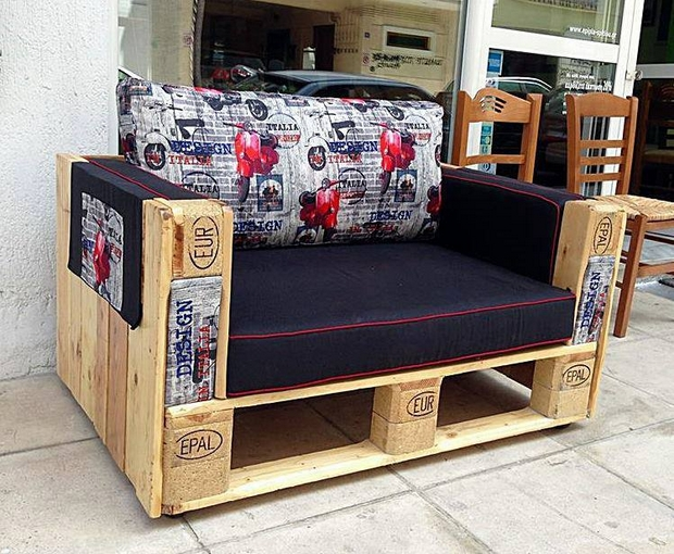 Pallet Furniture Ideas Creative Diy Armchair Colorful Cushion