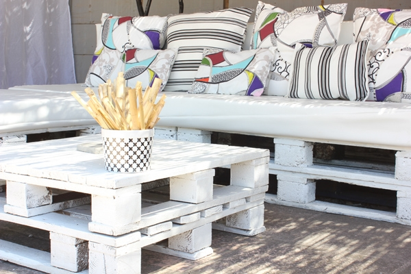 pallet furniture ideas creative white table decorative colorful pillows