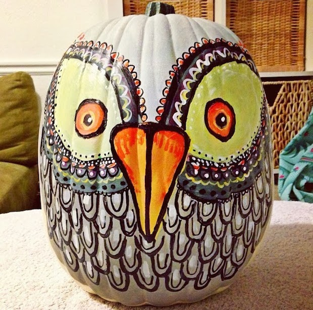 coloured bird decorating halloween pumpkin art diy project party - Decorated Halloween Pumpkins