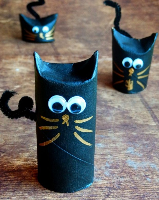 Halloween Crafts For Kids Reused Toilet Paper Rolls Black Cats Googly Eyes Decor