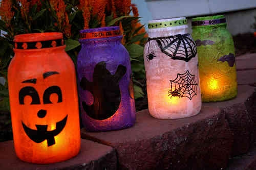 halloween empty milk jugs upcycled outdoor lanterns decoration ideas