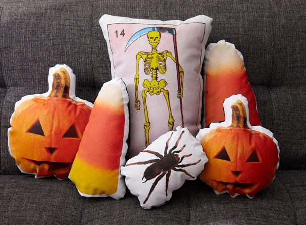 halloween pillows pinterest pumpkin upcycled design ideas spider cushion - Halloween Pillows
