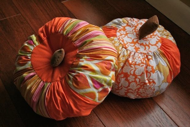 Upcycling Halloween Pillows For Your Indoor Decoration