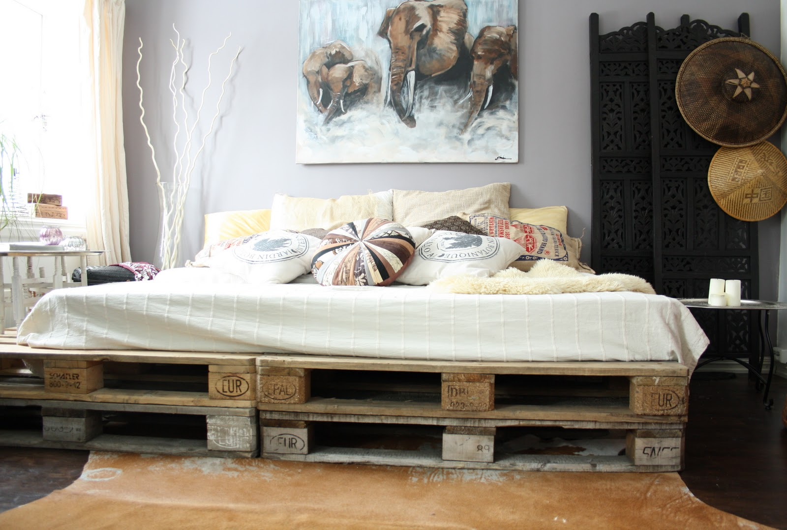 Single pallet bed frame - Cheap Shabby Chic Bed Frame Furniture From Pallet Diy Decoration Painting Elephants