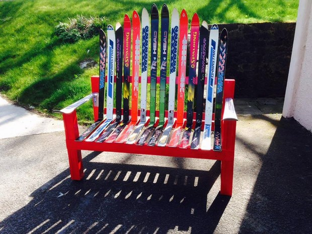garden junk ideas old skiis craft upcycled red bench garden idea