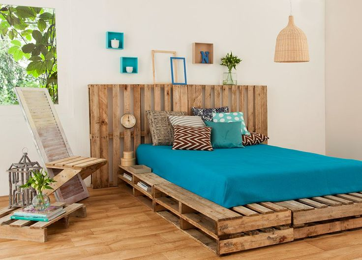 reuse pallet bed frame upcycling bedroom design cheap materials pillows diy decoration