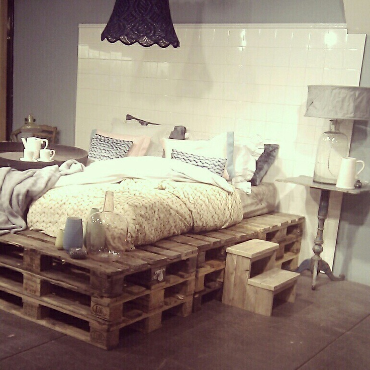 20 brilliant wooden pallet bed frame ideas for your house