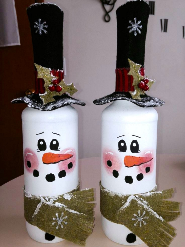 handmade christmas crafts reused old glass bottles snowmen black hats decorating ideas