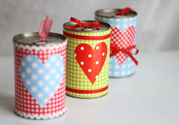 upcycling valentines day gift idea from old tin can romantic decoration for her