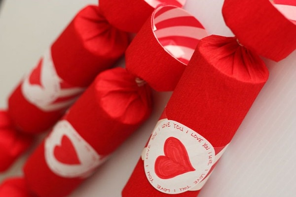 valentines day decorations red poppers from reused toilet paper tubes decorating ideas
