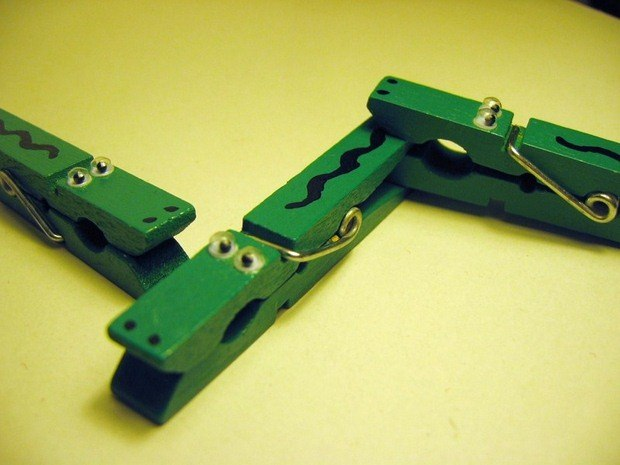 30 easy upcycled and creative   diy clothespin crafts idea