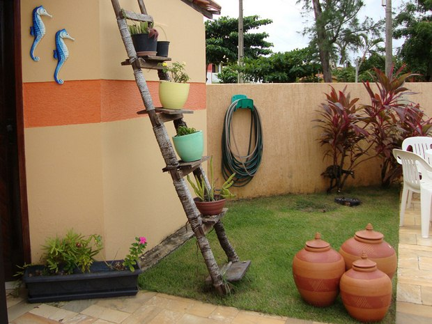old upcycled ladder shelves with plant pots backyard decorating ideas