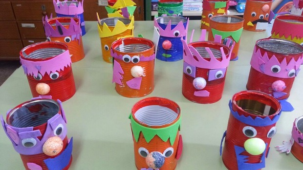 Recycled halloween crafts 17 old tin cans decorations for How to make a home decorations