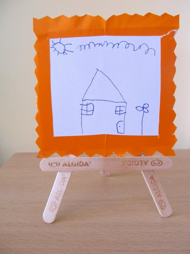 Easy and inexpensive popsicle sticks crafts for Picture frame decorating ideas for kids
