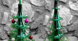 alternative-christmas-tree-reused-plastic-bottles-christmas-toys-decoration