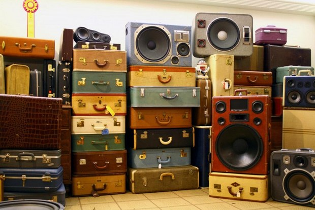 reuse old suitcases diy boomcase projects speakers creative ideas