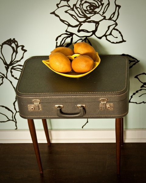reuse old suitcase table fruits decoration
