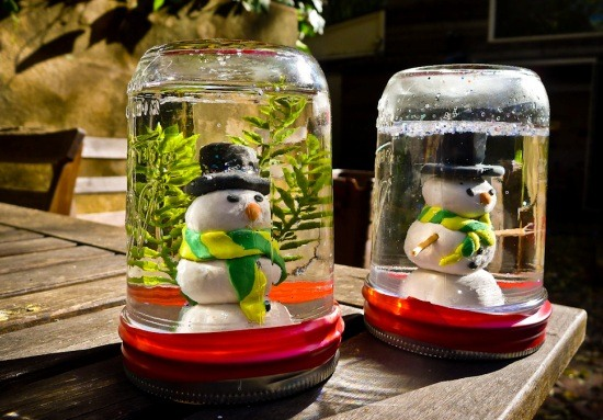 mason jars snowman snowglobes recycled diy outdoor decor ideas