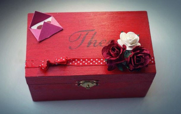 valentine's day gift for him red wooden box roses romantic decoration