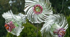 garden-glass-flowers-clean-glass-reused-bowls-art-decoration