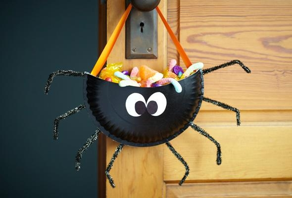 halloween goody bag ideas black diy plastic spider hanging front door