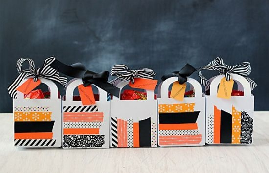 halloween goody bag idea diy small handmade candy paper bags black ribbons