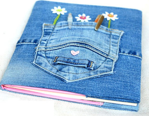 reuse old jeans denim book case flowers decoration