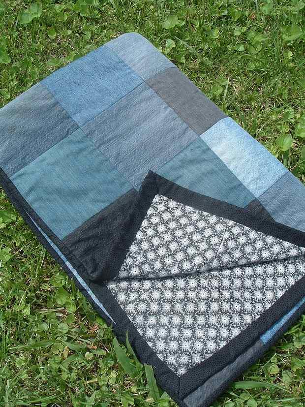reuse old jeans denim picnic quilt blanket garden decoration
