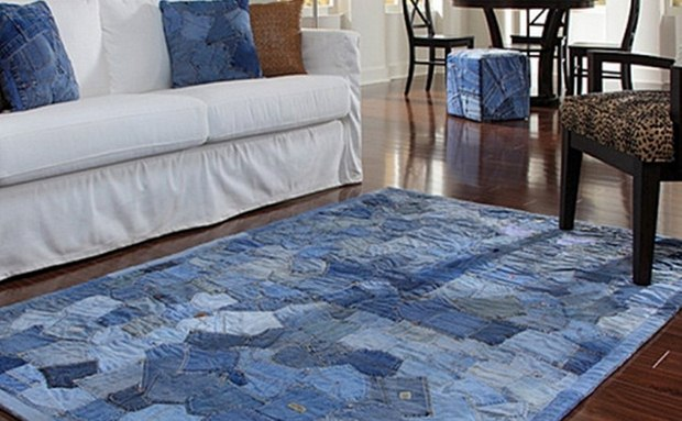 repurpose old jeans handmade carpet living room decoration ideas