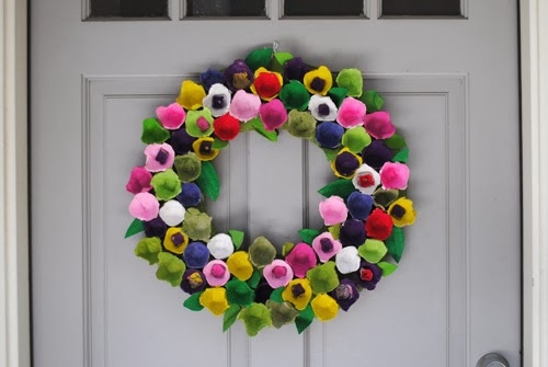 egg carton wreath upcycling ways colourful door home creative
