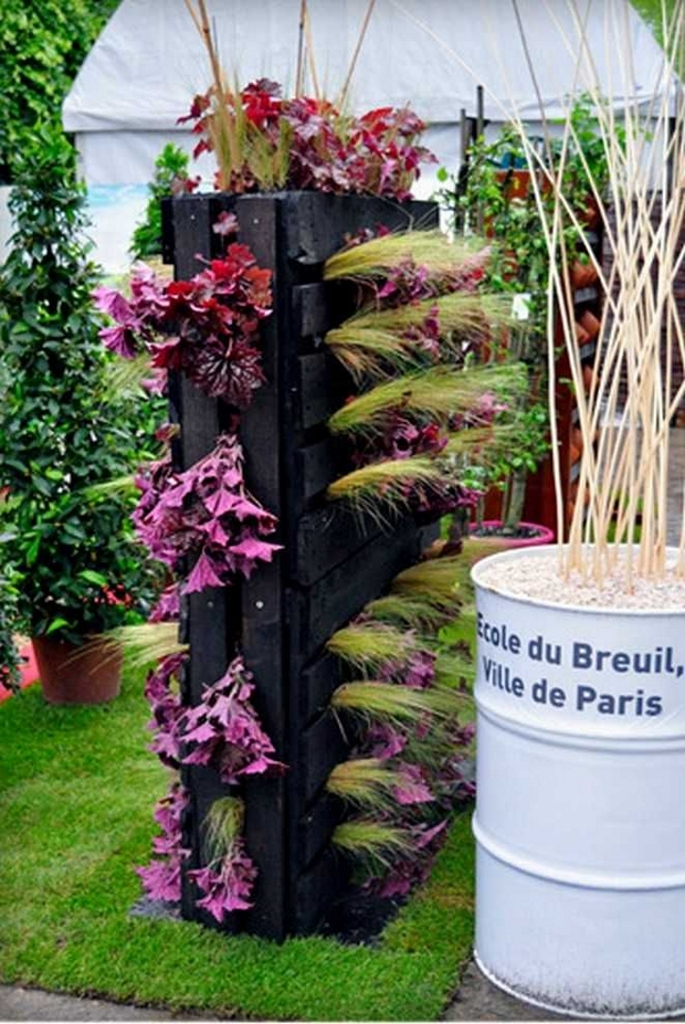 21 Vertical Pallet Garden Ideas For Your Backyard Or Balcony - Pallet-garden-ideas