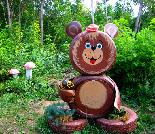 Tire recycling ideas creative brown diy little bear made by tires how to reuse tires garden cute outdoor decoration