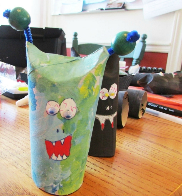 halloween crafts for kids painted toilet paper roll eyes indoor decoration ideas