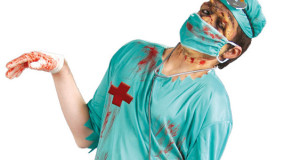 easy-adult-halloween-costumes-zombie-doctor-creative-diy-helloween-idea-saw copy