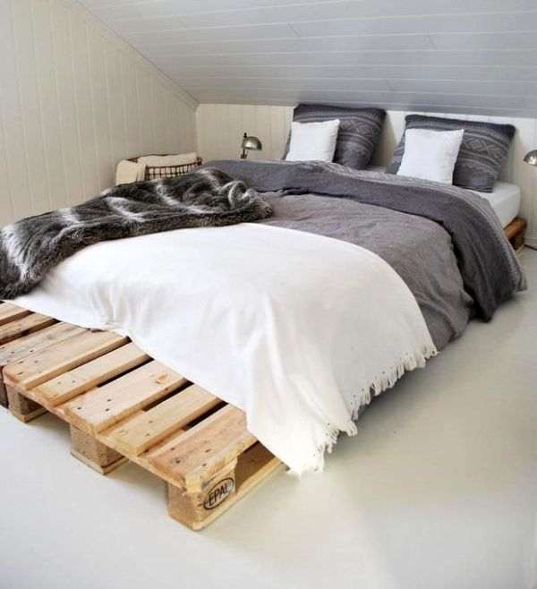 double pallet bed frame diy bedroom reuse decoration grey linen pillows
