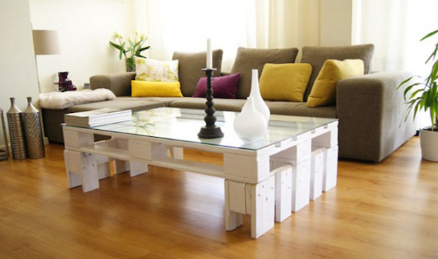 Diy Pallet Recycling Table Glass Top Candlestick Vases White Coloured Nice Comfortable Sofa