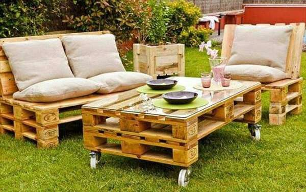 garden idea coffee pallet table cushions wooden diy flower pot