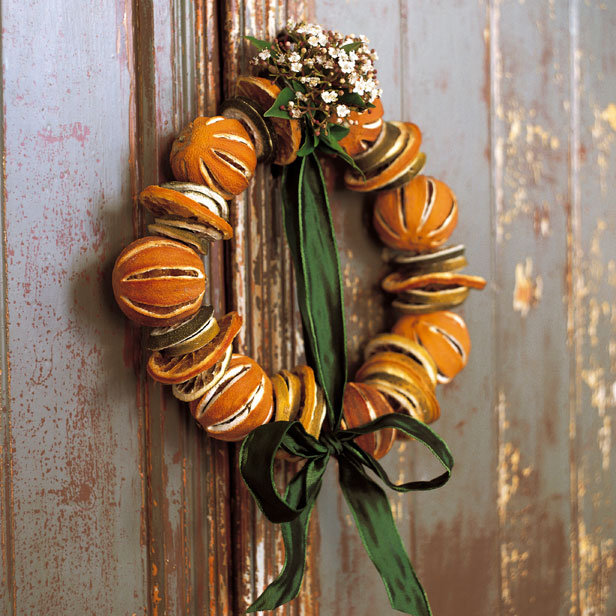 creative christmas door wreaths from dried orange peels