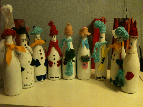 diy homemade christmas crafts ideas snowmen from empty glass bottles