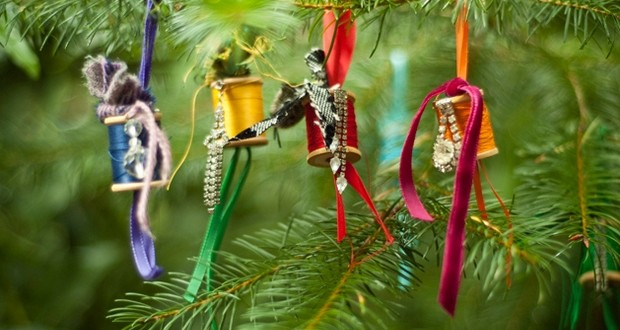 17 recycled craft ideas for christmas tree ornaments - Christmas Decoration Craft Ideas