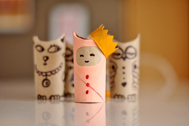 crafts for kids from reused toilet paper rolls queen with crown decorating ideas