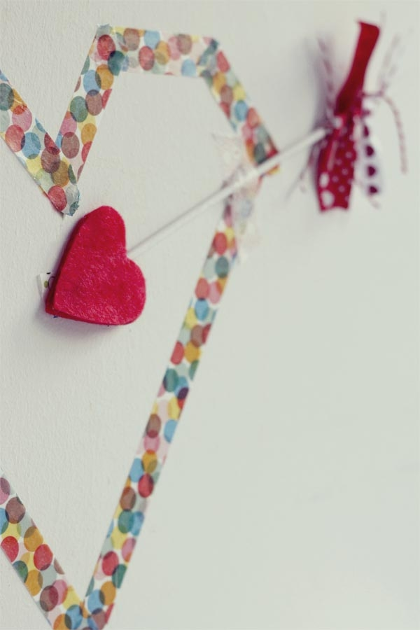 valentines day cupids arrow of love recycled diy craft wall decorating ideas