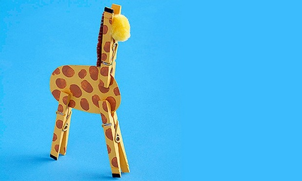 cool crafts for kids idea from upcycling clothespins crafts giraffe toy