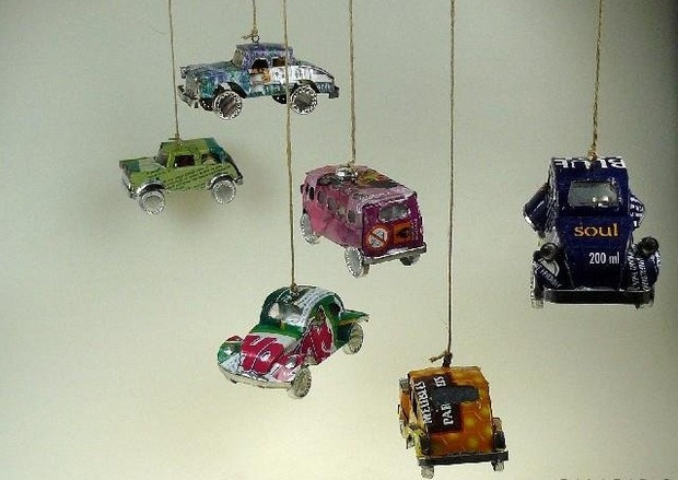 upcycled wind crime crafts from small toy cars unique decorating ideas